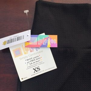 NWT Lularoe Cassie pencil skirt black